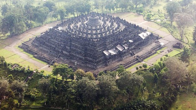 Mengungkap Keindahan Candi Borobudur